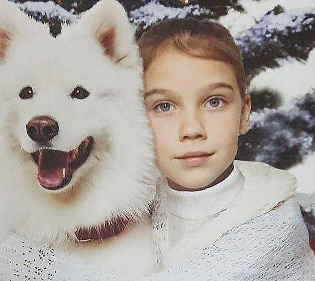 Bé Vika Teplyakova, 8 tuổi.