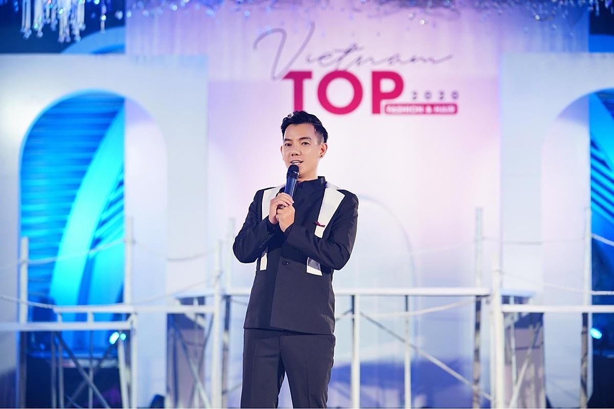 Trưởng BTC - Đạo diễn - NTK Lê Trần Đắc Ngọc.