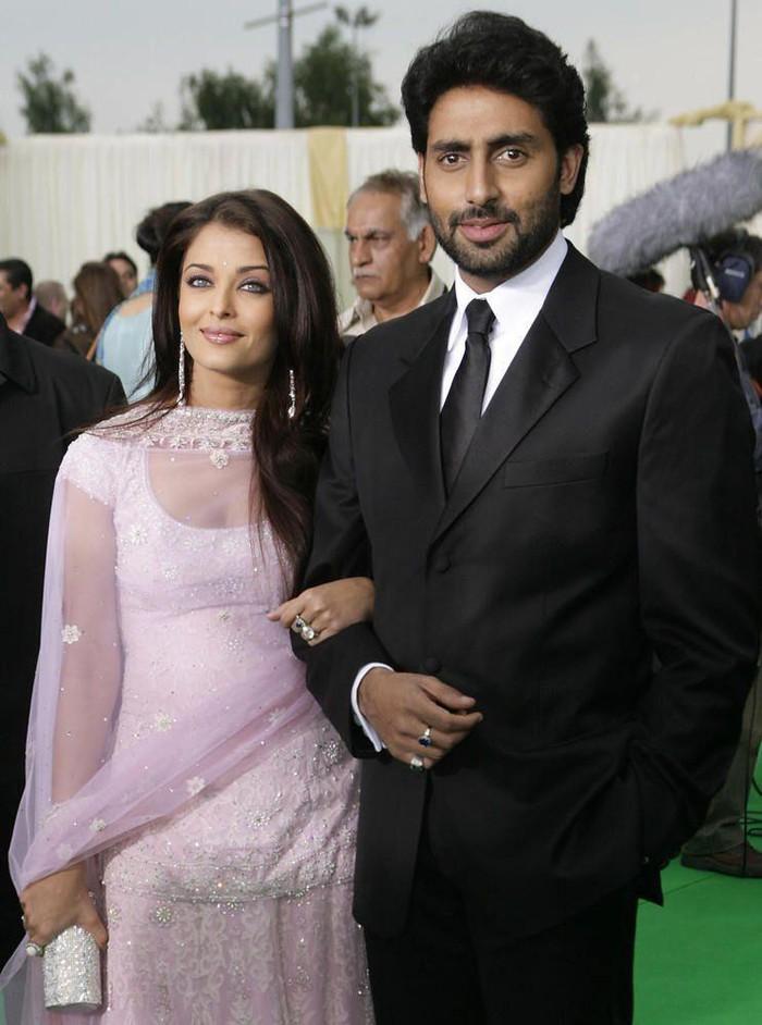 Cả nhà hoa hậu Ấn Độ nhiễm nCoV - 2