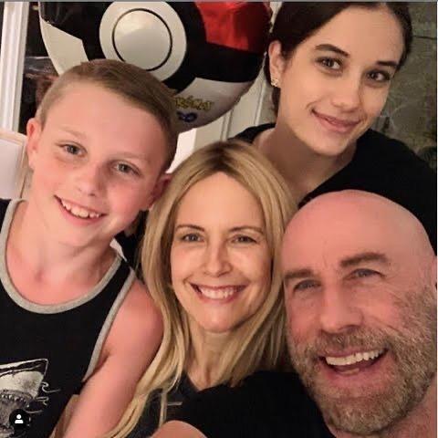 Bức ảnh cuối cùng Preston đăng trên Instagram là hình cả gia đình tự sướng trong Ngày của Cha.