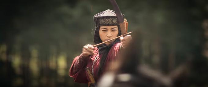 Tạo hình trong phim của đả nữ Việt Nam.