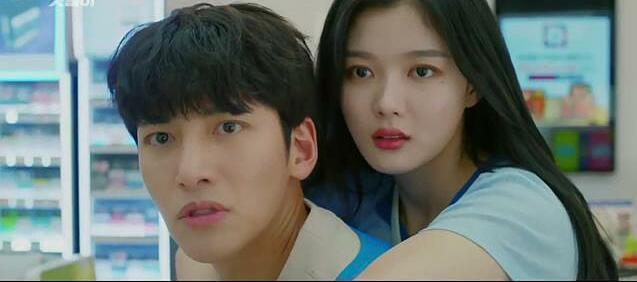 Backstreet Rookie: Kim Yoo Jung là điểm sáng xuất sắc nhất phim - 2