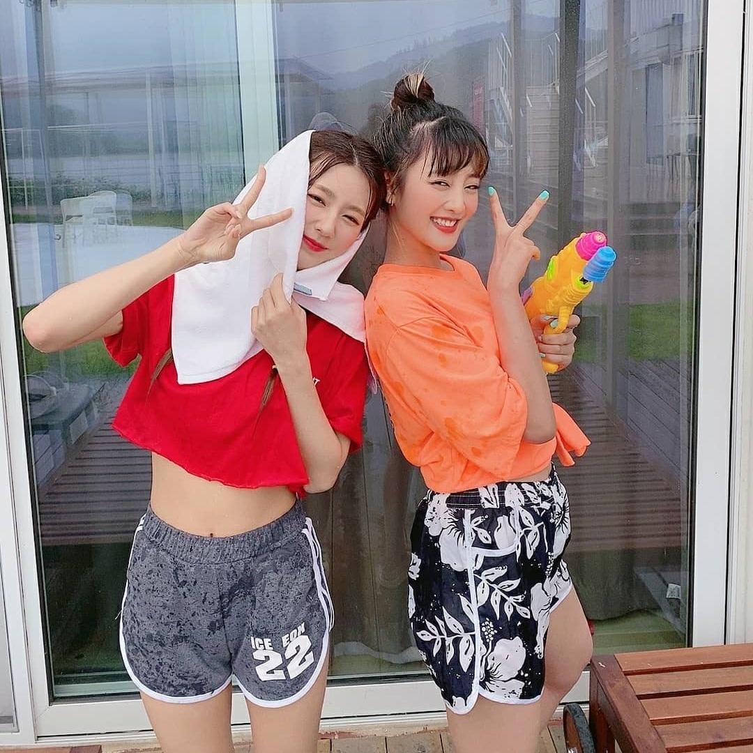 Mi Yeon và Minnie của (G)I-DLE
