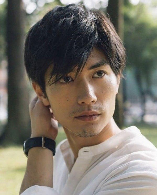 Anh à một trong những nam diễn viên được yêu thích hàng đầu Nhật Bản.