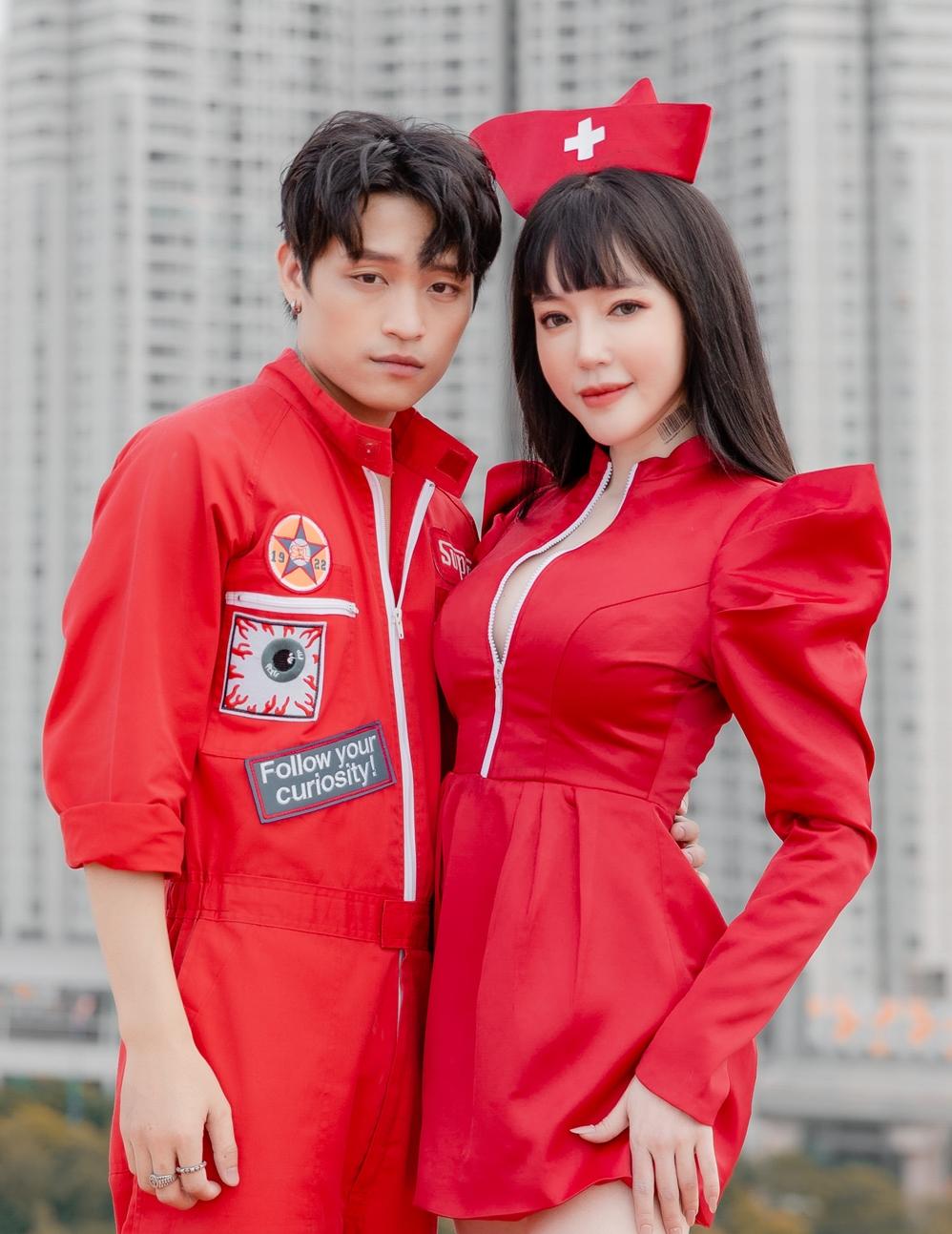 Phạm Viết Thắng và Elly Trần trong MV.