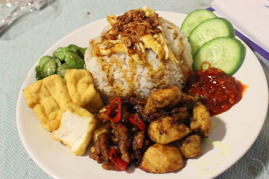 Đố bạn kể tên được 9 món ăn đường phố cực ngon ở Indonesia - 8