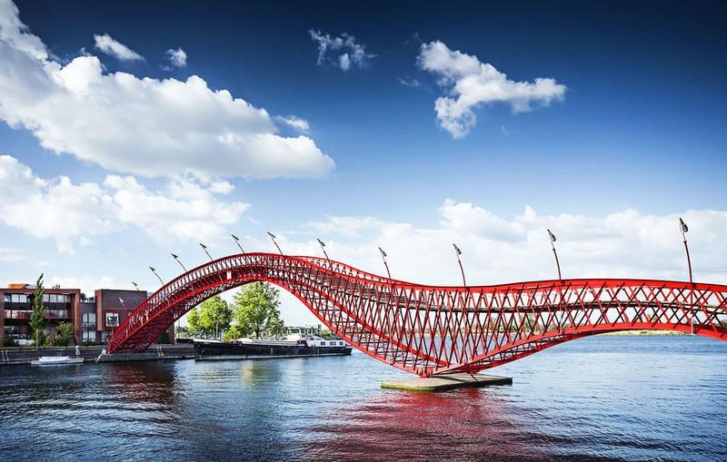 Thánh xê dịch sẽ biết 8 cây cầu cực đẹp này - 12