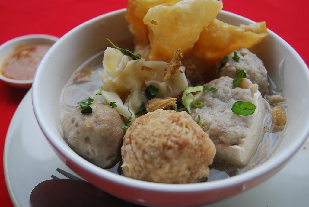 Đố bạn kể tên được 9 món ăn đường phố cực ngon ở Indonesia - 12