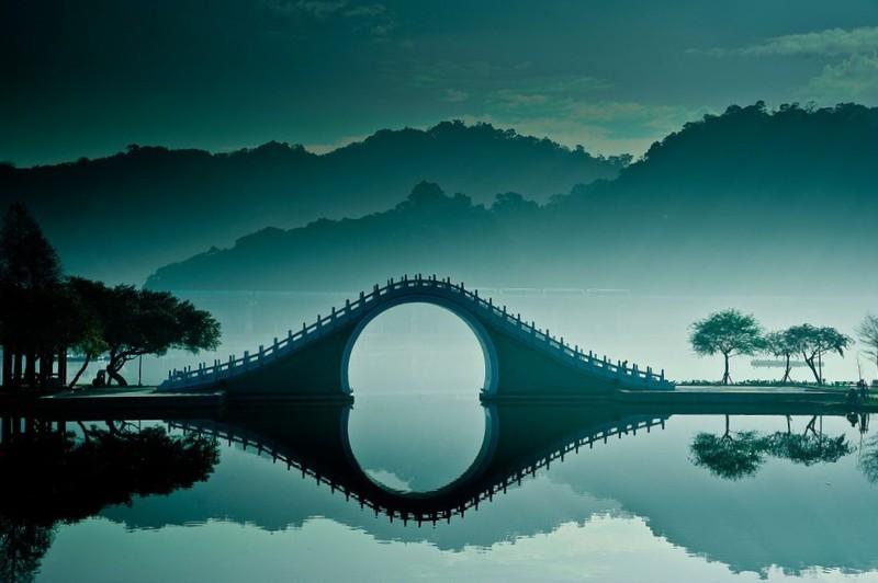 Thánh xê dịch sẽ biết 8 cây cầu cực đẹp này - 14