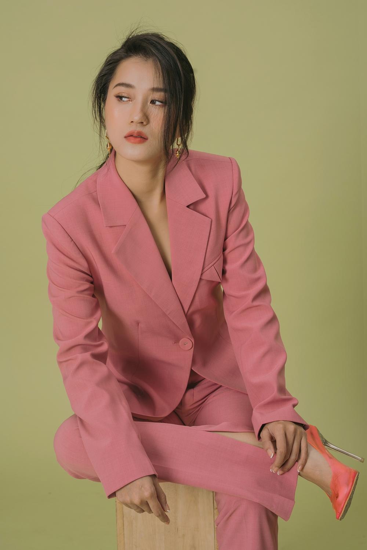 Nữ diễn viên còn luyện thêm Muay Thái và thể dục đều đặn trong tuần.