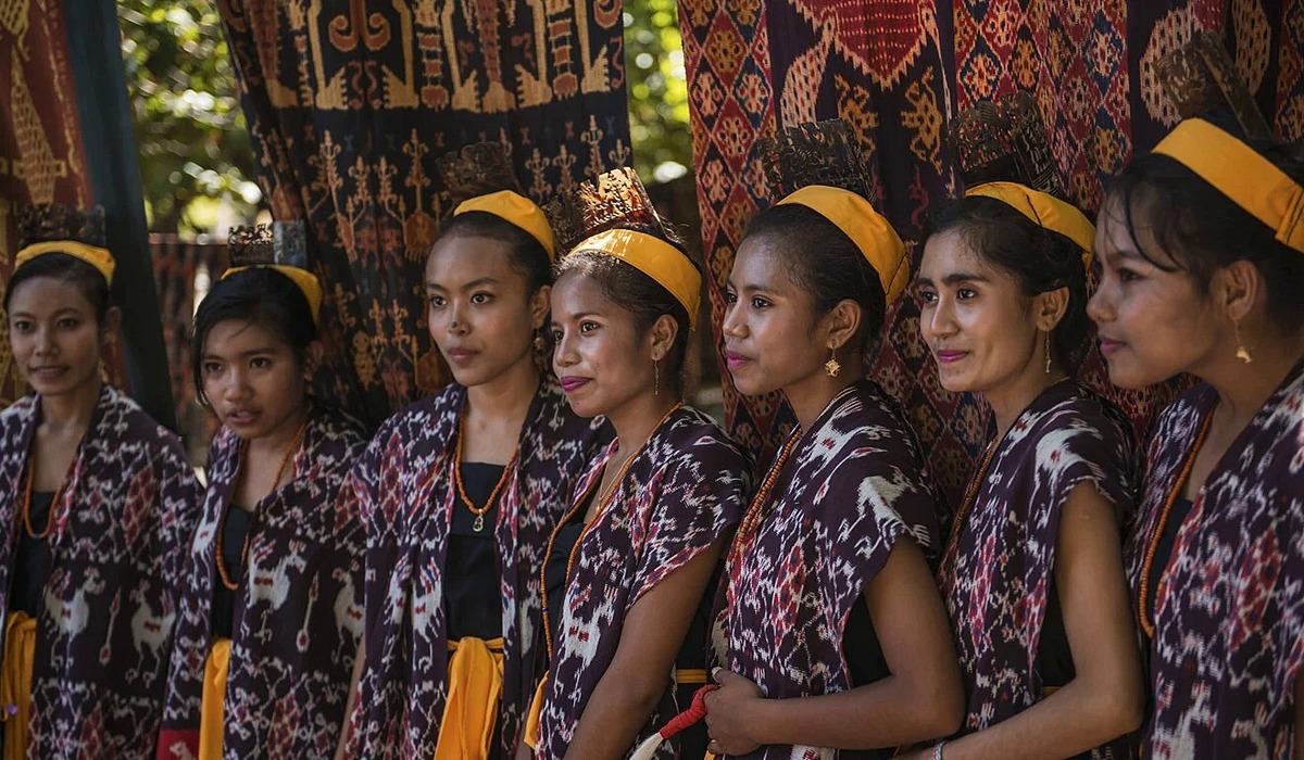Các phụ nữ Sumba trong một buổi lễ. Ảnh:Shutterstock.
