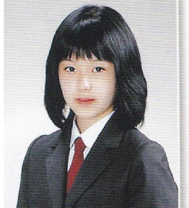 Ảnh tốt nghiệp của idol Kpop: Ji Soo phèn, Yoona đẳng cấp - 18