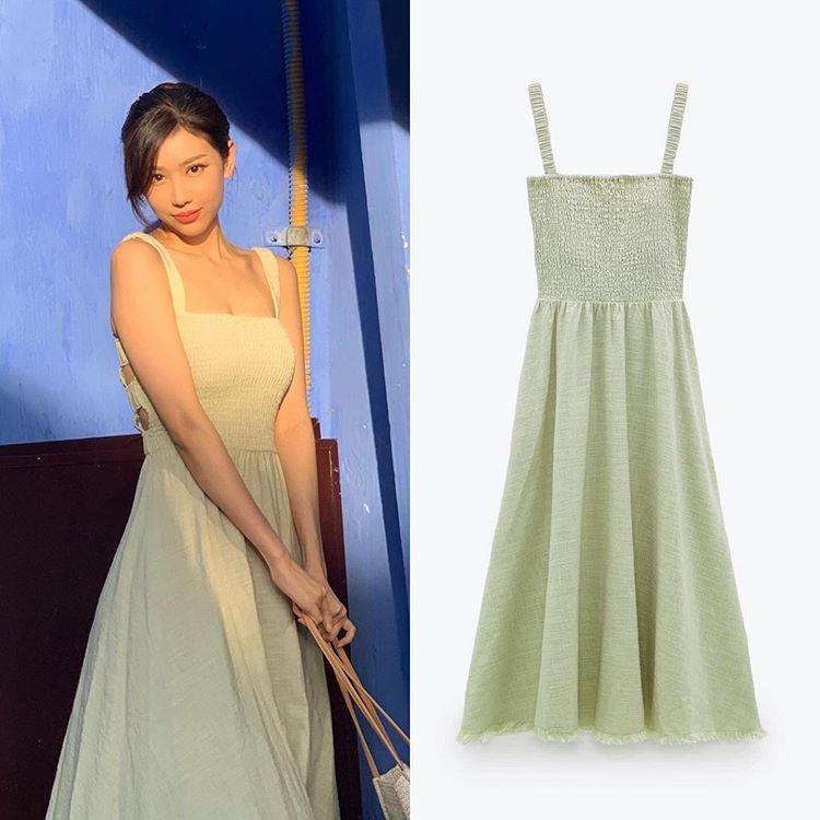 Min lăng xê mẫu váy hai dây khiến nhiều cô gái đua nhau bắt chước. Thiết kế giá 1,6 triệu đồng không chỉ mát mẻ, tôn dáng mà còn có tông xanh pastel cực nịnh da.