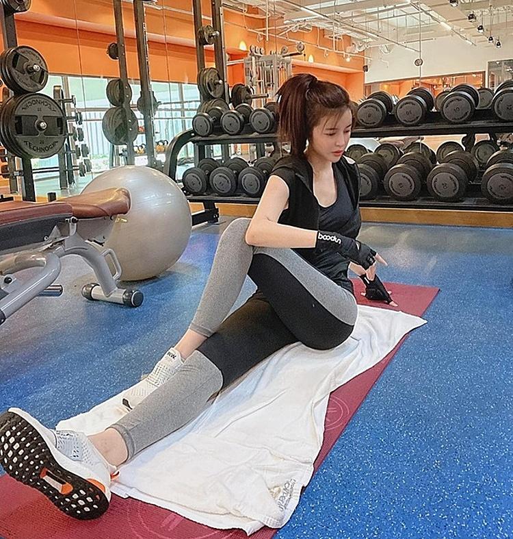 Cao Thái Hà tập luyện 3 tiếng mỗi ngày.