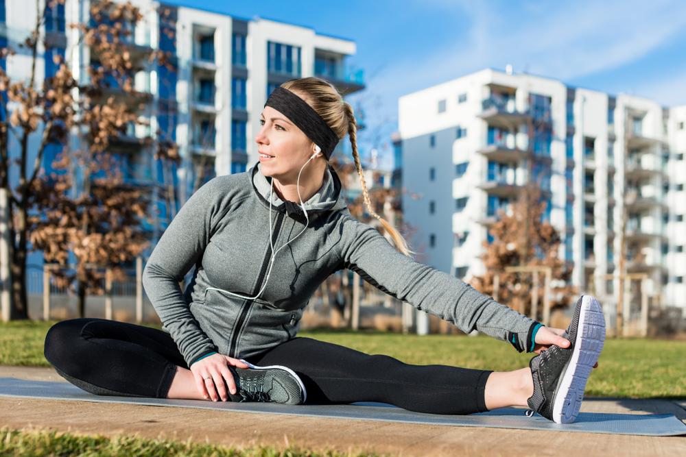 VĐV cần tránh giãn cơ tĩnh trước khi chạy. Ảnh: Shutterstock.