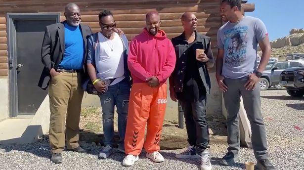 Kanye tin tưởng nhóm của mình, gọi họ là những người bạn thực thụ.