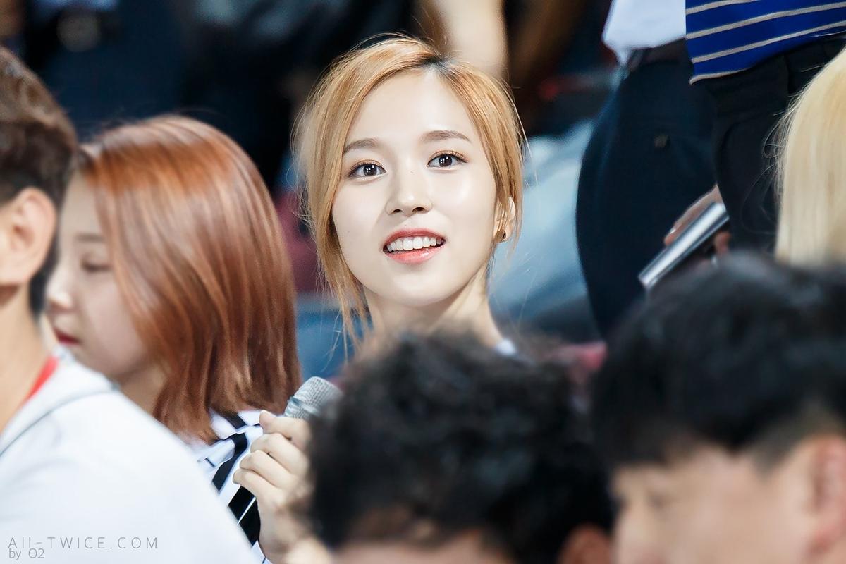 Những bức ảnh chất lượng cao huyền thoại của Mina (Twice) - 4