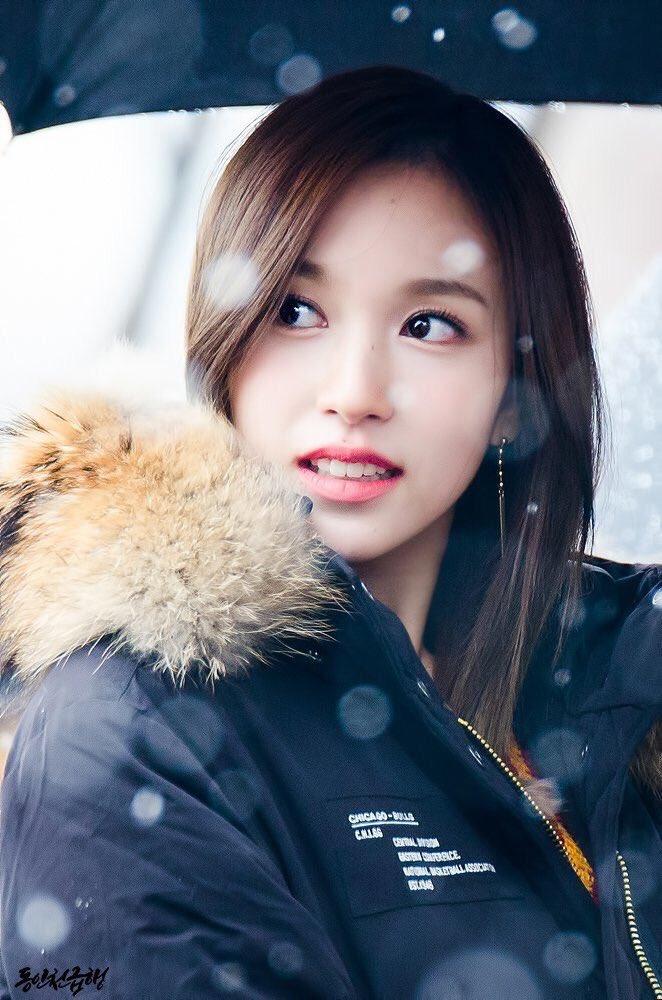 Những bức ảnh chất lượng cao huyền thoại của Mina (Twice) - 8