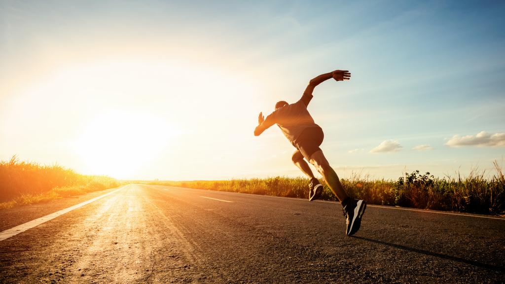 Nên thiết lập kế hoạch tập luyện mỗi tuần để giảm cân hiệu quả. Ảnh: Shutterstock.