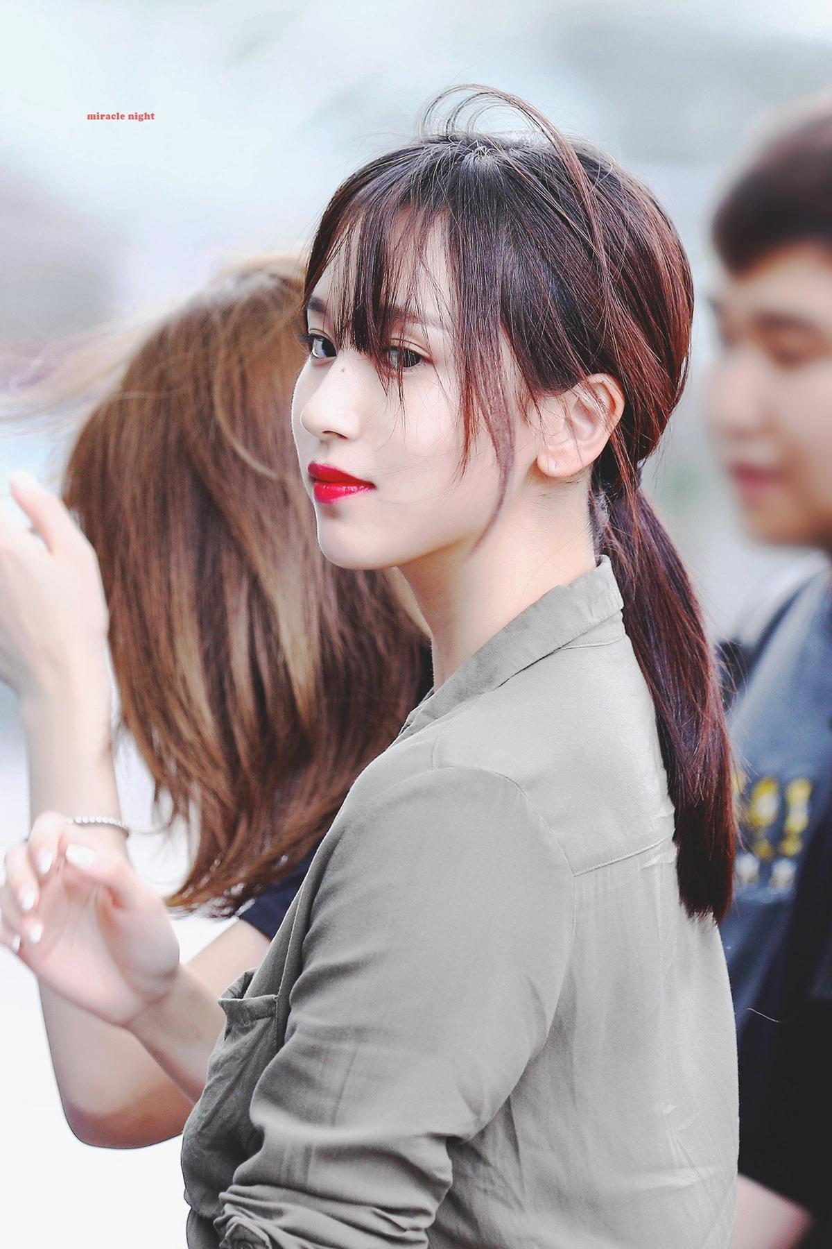 Những bức ảnh chất lượng cao huyền thoại của Mina (Twice) - 18