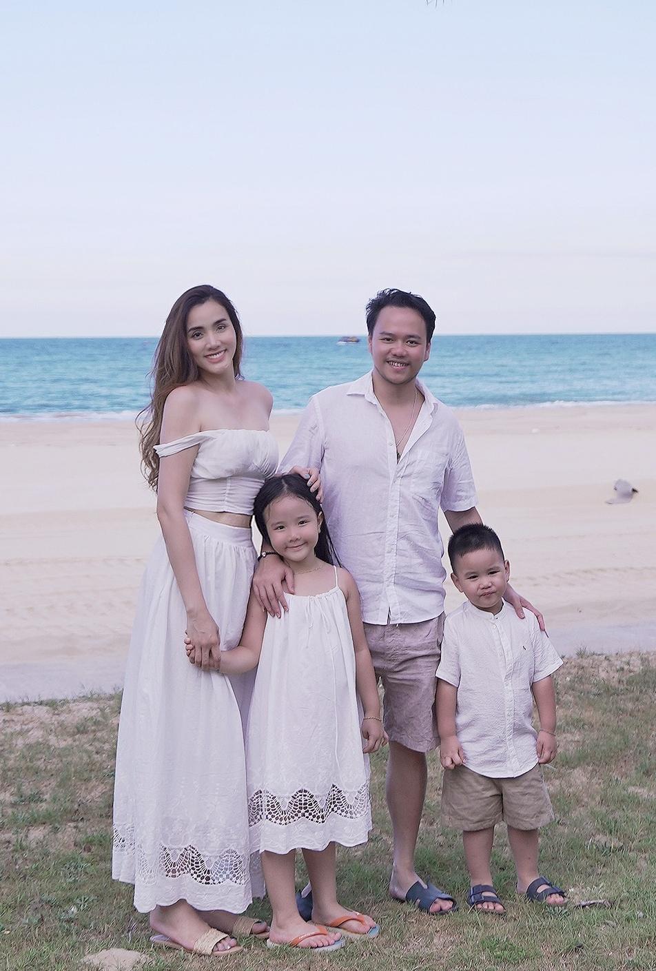 Đây cũng là cách để vợ chồng Trang Nhung xả stress sau nhiều tháng chống dịch, lo lắng việc kinh doanh.