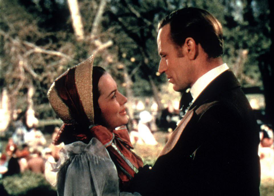 Olivia de Havilland trong Cuốn theo chiều gió.