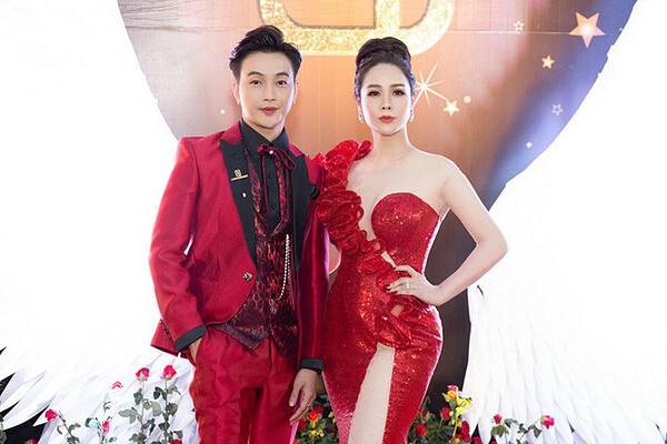 Nhật Kim Anh sóng đôi bên TiTi trong nhiều sự kiện.