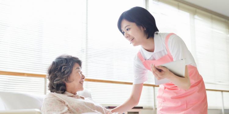 Nếu có chứng chỉ tiếng Nhật và yêu những chuyến đi, bạn có thể trở thành một hướng dẫn viên du lịch cho khách Nhật Bản.