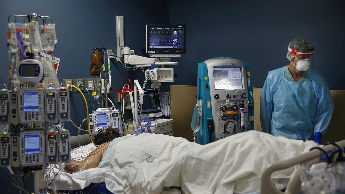 Bệnh nhân nhiễm nCoV được điều trị trong phòng chăm sóc tích cực. Ảnh: Bệnh viện Parkland.