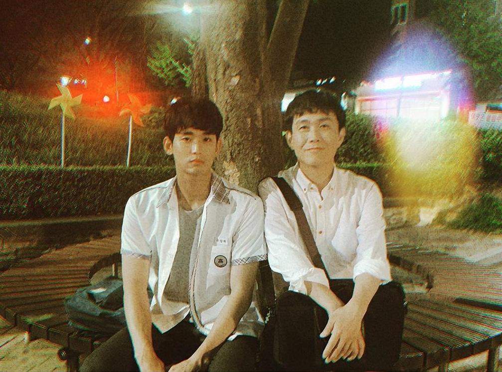 Kim Soo Hyun cùng anh trai Oh Jung Se trên trường quay Điên thì có sao.