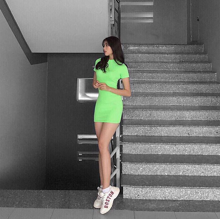 Phong cách khi đi học hay dạo phố của Ngọc Thảo rất năng động, trẻ trung hợp tuổi.