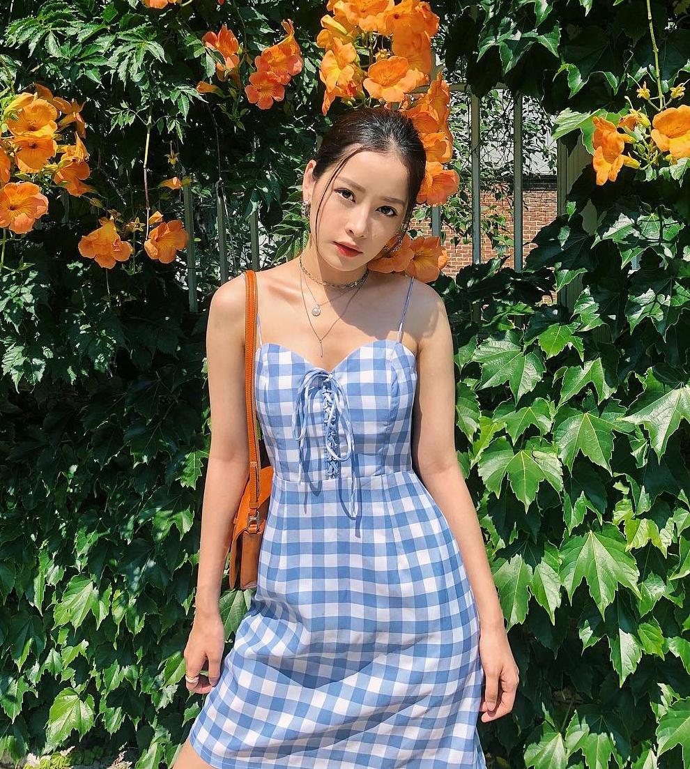 Nữ diễn viên - ca sĩ cũng thường xuyên diện các set phụ kiện giá bình dân của Fukie Concept.