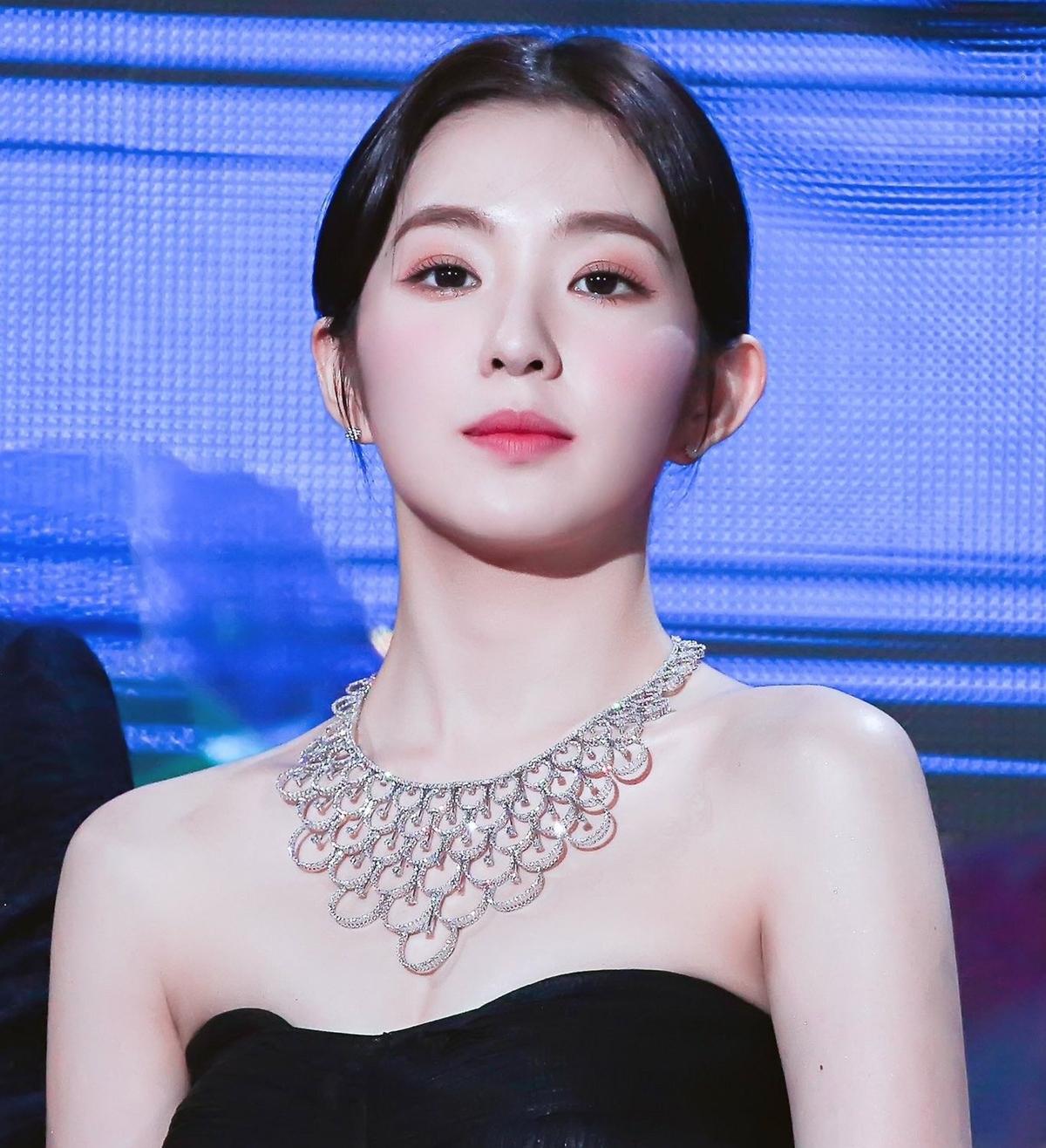 5 mỹ nhân đẹp nhất Kpop được giới idol lựa chọn - 13