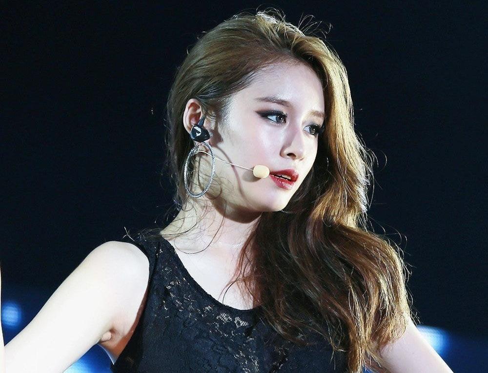 5 mỹ nhân đẹp nhất Kpop được giới idol lựa chọn - 5
