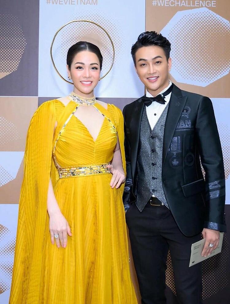 TiTi đồng hành cùng Nhật Kim Anh trong nhiều sự kiện.
