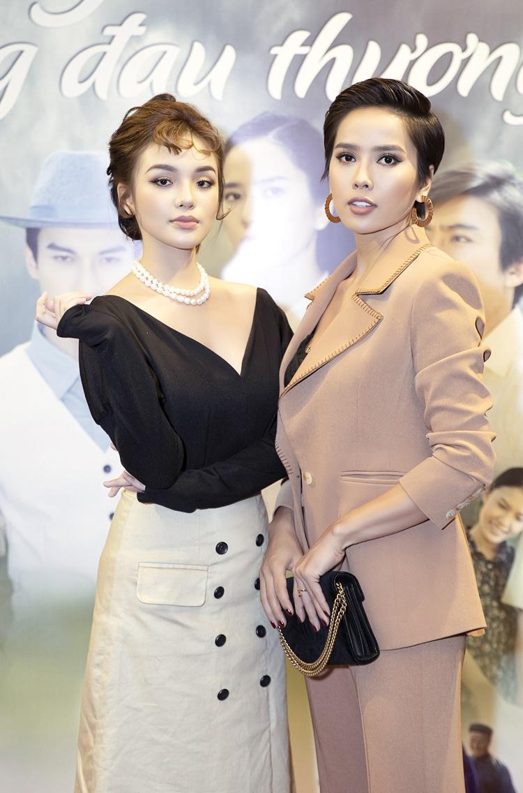 Bella Mai và Nhật Hà là tình địch trên phim. Bella Mai là vợ cả còn Nhật Hạ là vợ thứ của Chí Kiên (Dũng Bino thủ vai). Trong phim, cả hai có nhiều màn đấu đá, khẩu chiến quyết liệt để tranh giành chồng.