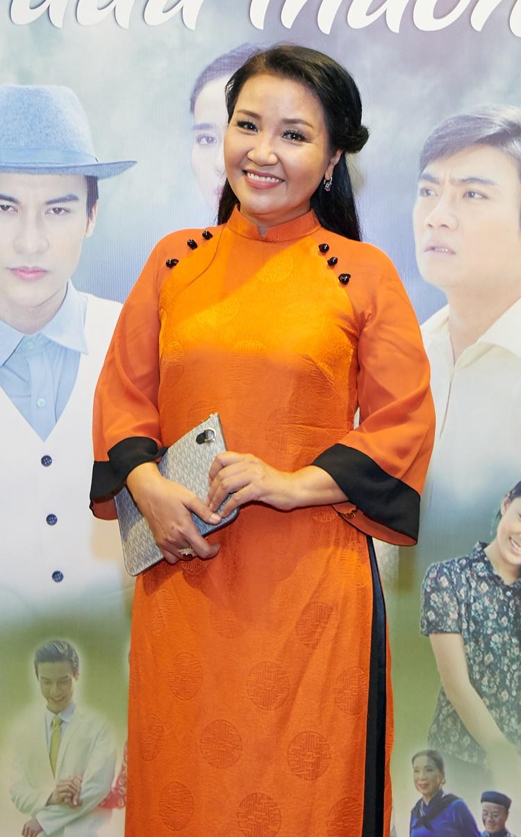 Diễn viên Ngân Quỳnh háo hức với dự án mới.