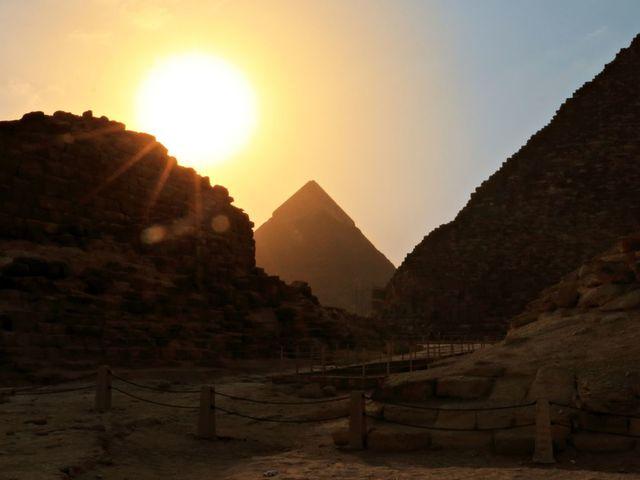 Bạn biết bao nhiêu về kim tự tháp Giza? - 5
