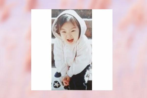 Nhóc tỳ xinh yêu này là idol Hàn nào? (2) - 7