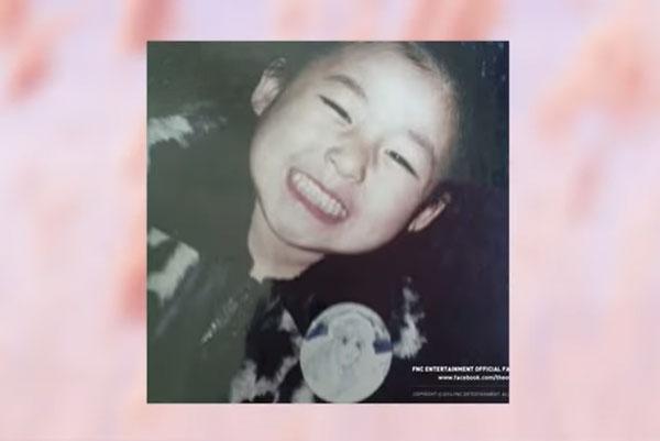 Nhóc tỳ xinh yêu này là idol Hàn nào? (2) - 9