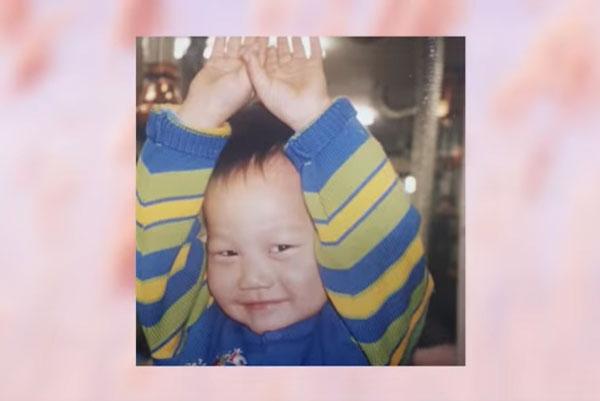 Nhóc tỳ xinh yêu này là idol Hàn nào? (2) - 13