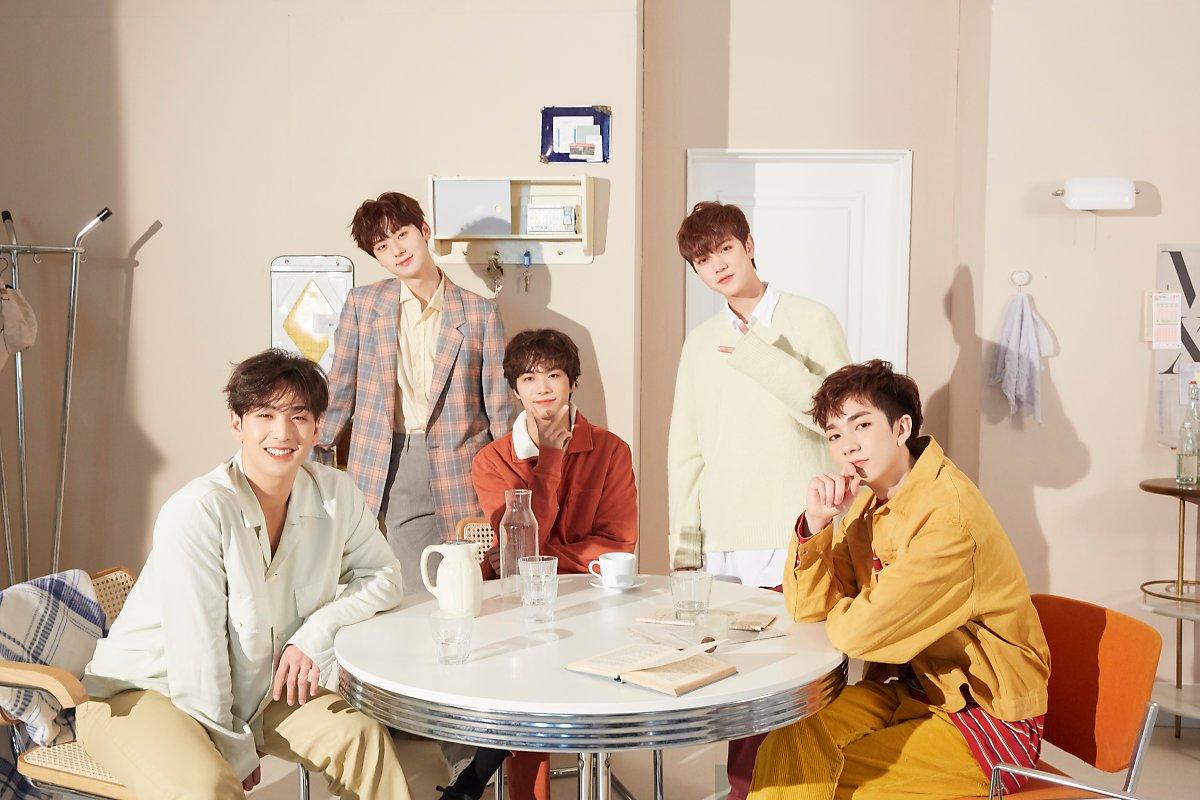Group Kpop gen 3 giống nhau: BTS bắt cặp với Black Pink hay Twice? - 16