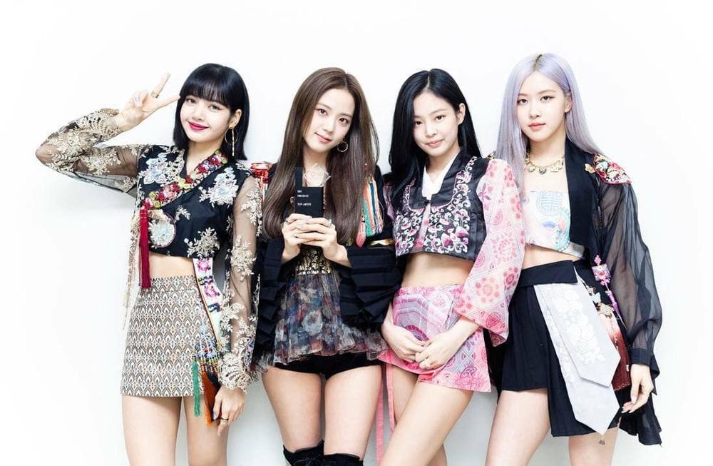 Group Kpop gen 3 giống nhau: BTS bắt cặp với Black Pink hay Twice? - 6