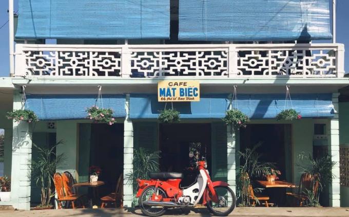 Bộ Y tế tìm người từng đến quán cà phê tại Huế.