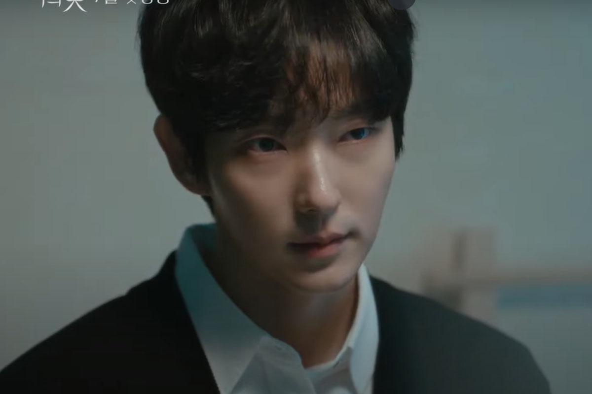 Từ 2018, anh thay đổi hình tượng, vào vai bad boy Bong Sang Pil trong Lawless Lawyer, giành được nhiều tình cảm của khán giả. Đến với Flower of Evil, vai diễn tên sát nhân Baek Hee Sung của Lee Jun Ki một lần nữa gây ấn tượng mạnh.