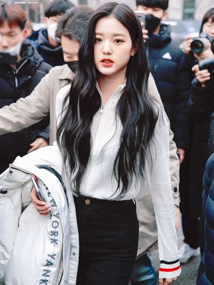Hành trình nhan sắc càng lớn càng xinh của Jang Won Young - 20