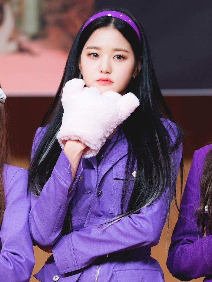 Jang Won Young xinh đẹp trong một buổi fansign tháng 2/2020.