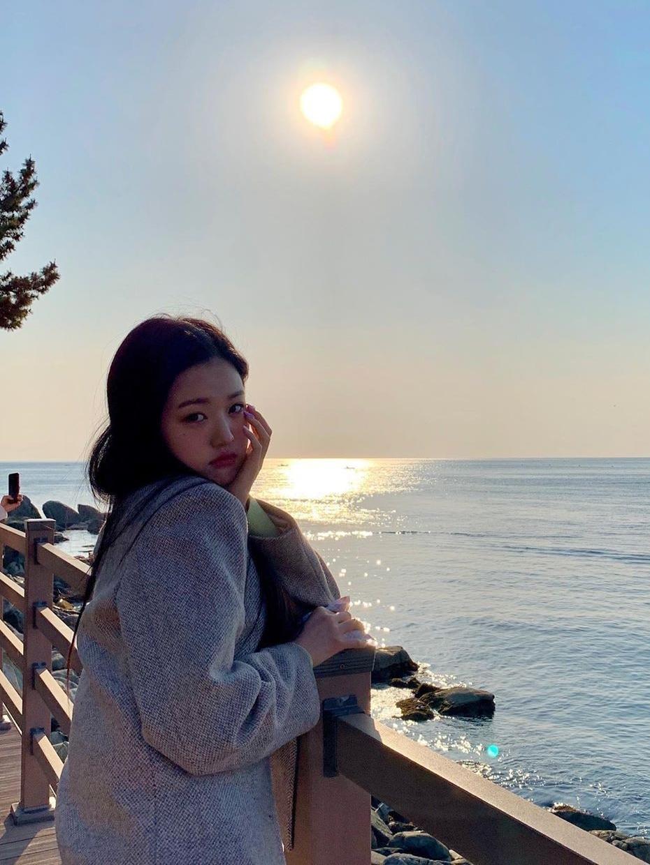 Hành trình nhan sắc càng lớn càng xinh của Jang Won Young - 26