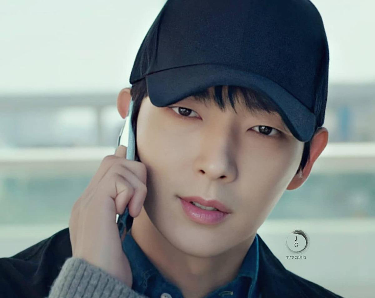 Vai Baek Hee Sung do Lee Jun Ki thủ vai là điểm nhấn của phim. Đây là nhân vật gây nhiều tò mò cho khán giả ngay sau khi phim vừa lên sóng. Baek Hee Sung có quá khứ là kẻ giết người hàng loạt. Nhưng hiện tại, anh ta đang sống với thân phận một thợ kim hoàn tốt bụng và là một người đàn ông yêu vợ thương con. Vai diễn của Baek Hee Sung đang có nguy cơ bị bại lộ khi vụ án Cha Ji Won điều tra liên quan đến quá khứ của anh.