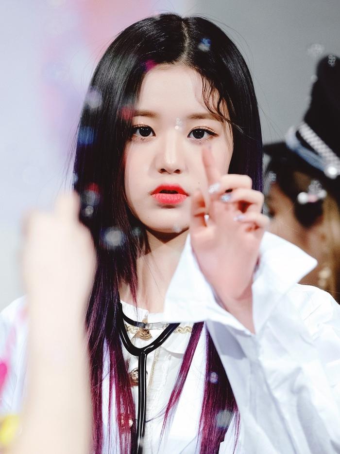 Hành trình nhan sắc càng lớn càng xinh của Jang Won Young - 16